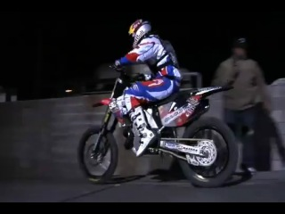 MotoFreeStyle ����� �������� (Robbie Maddison) � ������ ����� ���������� ����. 2008 �